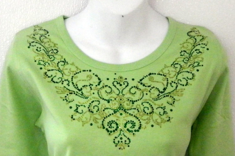 Ornate Vintage Emerald & Peridot   Neckline