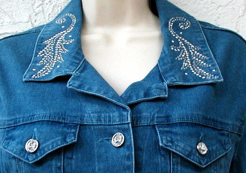 Western Style Acid Washed Blue Denim Jacket- Oak Leaf Design