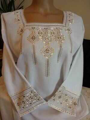Вишиванка, жіноча вишивана блузка ручної роботи (Арт. 02620)