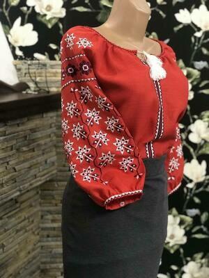 Вишиванка, жіноча вишивана блузка на червоному льоні (Арт. 02624)