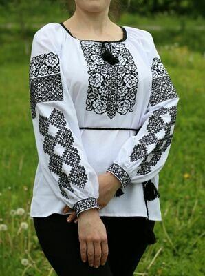 Вишиванка, жіноча вишивана блузка на домотканому полотні (Арт. 02635)