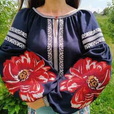 Вишиванка, жіноча вишивана блузка на синьому льоні (Арт. 02658)