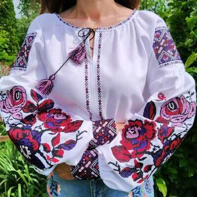 Вишиванка, жіноча вишивана блузка на домотканому полотні (Арт. 02663)