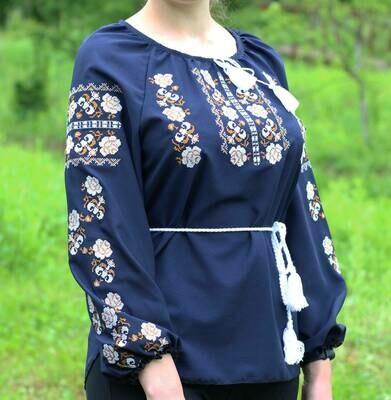 Вишиванка, жіноча вишивана блузка з квітами (Арт. 02673)