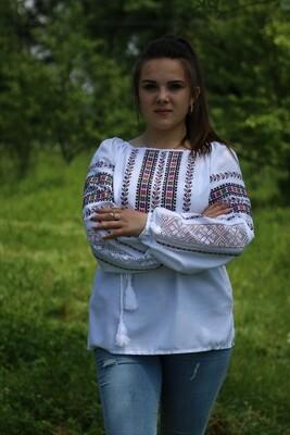 Вишиванка, жіноча вишивана блузка на домотканому полотні