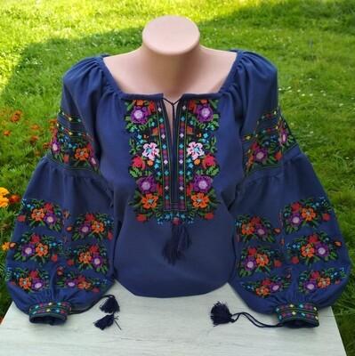 Вишиванка, жіноча вишивана блузка на темно-синьому домотканому (Арт. 02691)