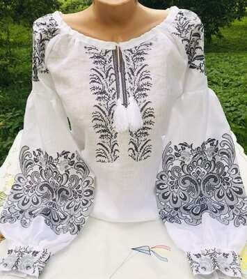 Вишиванка, жіноча вишивана блузка на білому льоні (Арт. 02699)