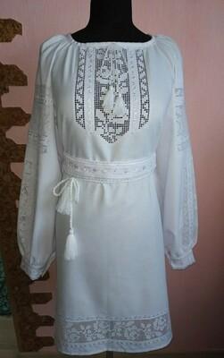 Вишиванка, жіноча вишивана сукня на домотканому полотні