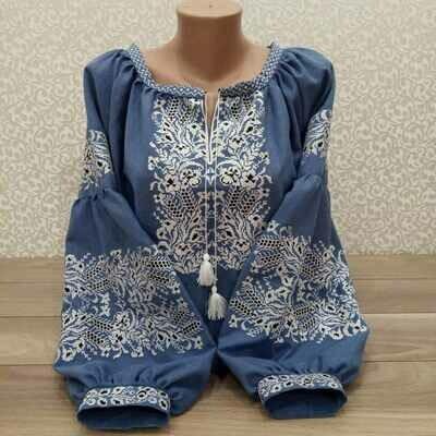Вишиванка, жіноча вишивана блузка на блакитному домотканому (Арт. 02787)