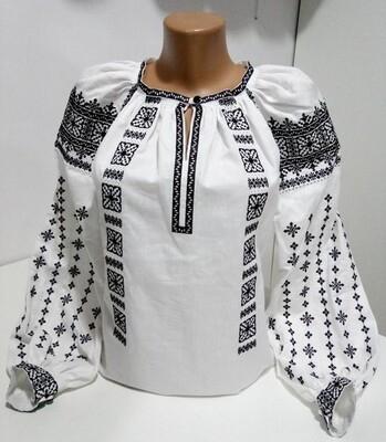 Вишиванка, жіноча вишивана блузка на домотканому полотні (Арт. 02796)