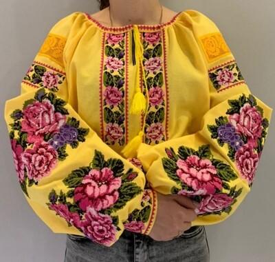 Вишиванка, жіноча вишивана блузка на жовтому домотканому (Арт. 02803)