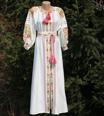 Вишиванка жіноча, сукня вишивана на льоні (Арт. 02810)
