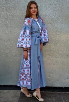 Вишиванка, жіноча вишивана сукня