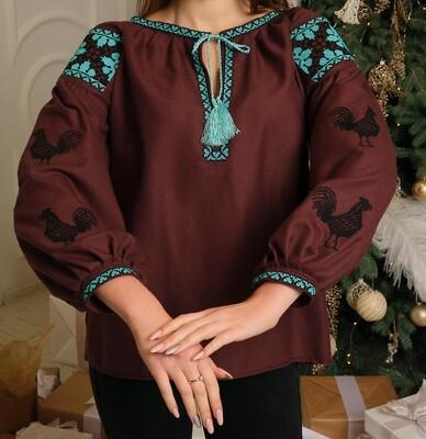 """Вишиванка, жіноча вишивана блузка на коричневому домотканому """"Півні"""" (Арт. 02871)"""