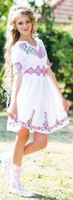 Сукня дитяча вишивана з квітами