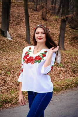 Вишиванка, жіноча вишивана бісером блузка (Арт. 02175)