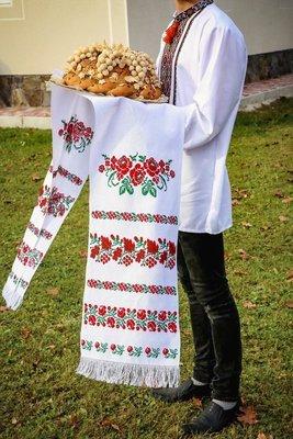 Рушник вишиваний  з квітами на домотканому полотні (Арт. 01653)