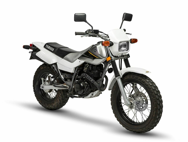 87-21 Yamaha TW200 Complete Plastic Set Maier - NEW