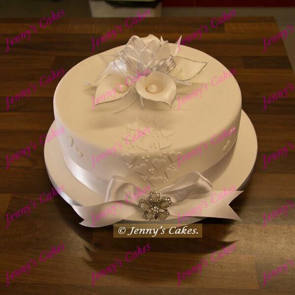 Vintage Calla Lily Wedding Cake in one tier (Gretna wedding cakes)