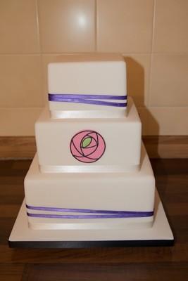 Simply Chic Mackintosh Plaque Wedding Cake