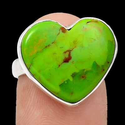 Mojave Turquoise Heart Ring Size 6.5