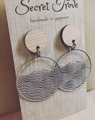 Bamboo Top Round Wave dangles
