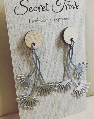 Bamboo Top Sea Flower Dangles