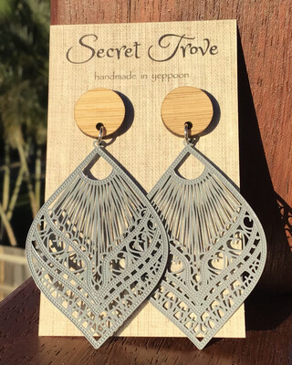 Bamboo Top Silver Patterned Teardrops