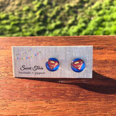 Superman Earrings - 12mm