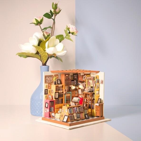Румбокс DG102 Книжный магазинчик (Сборная модель ТМ Цветной)