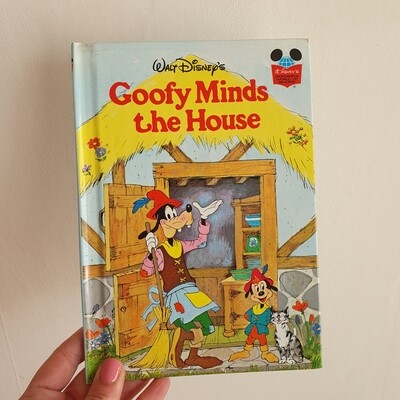 Goofy Minds the House Notebook