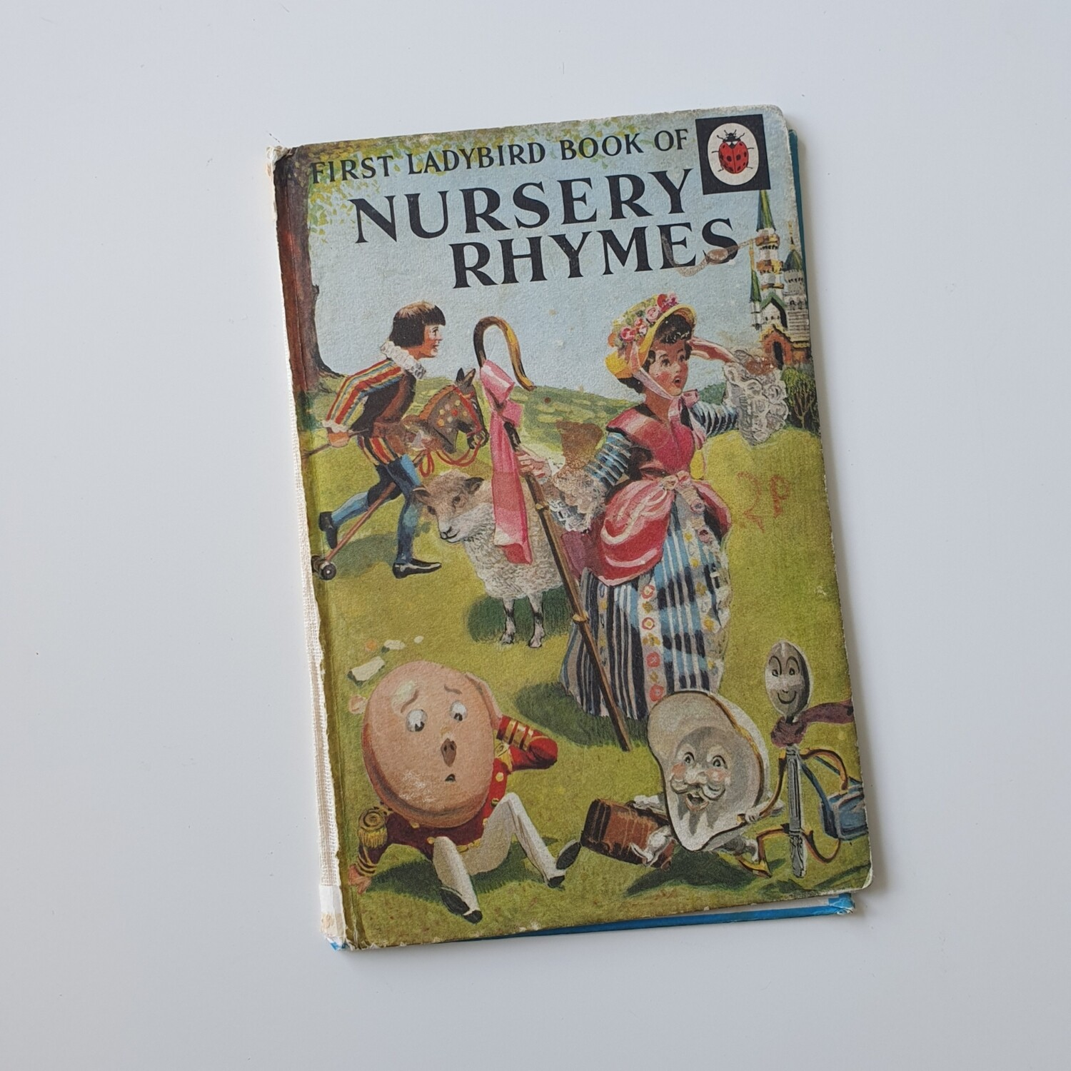 Choose from a selection of Vintage Ladybird Books - no original pages (1960s - 1980s)