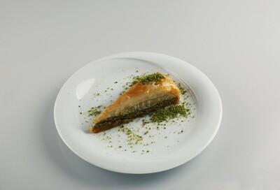Moda Baklava Havuc Baklava with pistachios 3.5 lbs