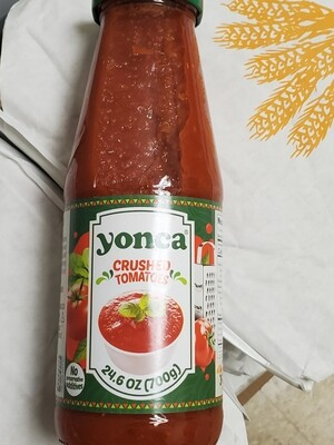 Yonca Crushed Tomatoes 24.6 oz Glass