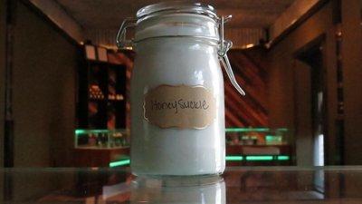 Soy Wax Candle - Honeysuckle
