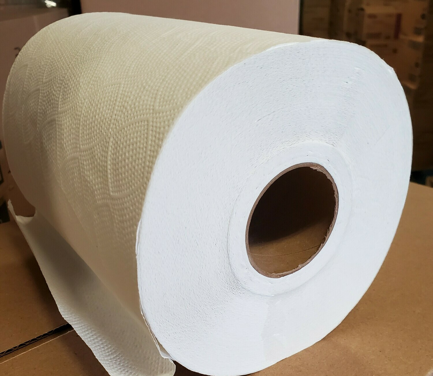 White Swan Rolled Paper Towel