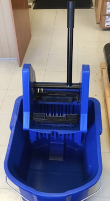 Mop Bucket & Wringer 35 qt Blue DownPress
