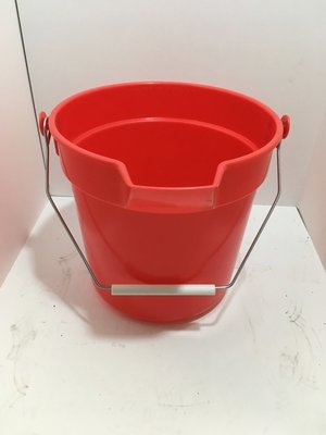 Pail - 10 quart Red