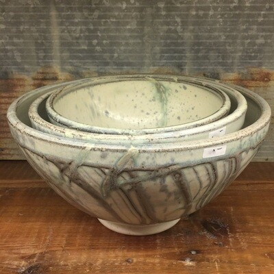 Small Nesting Bowl Butterbone