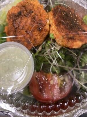 Radish Republic salmon pattie salad with Rach dressing