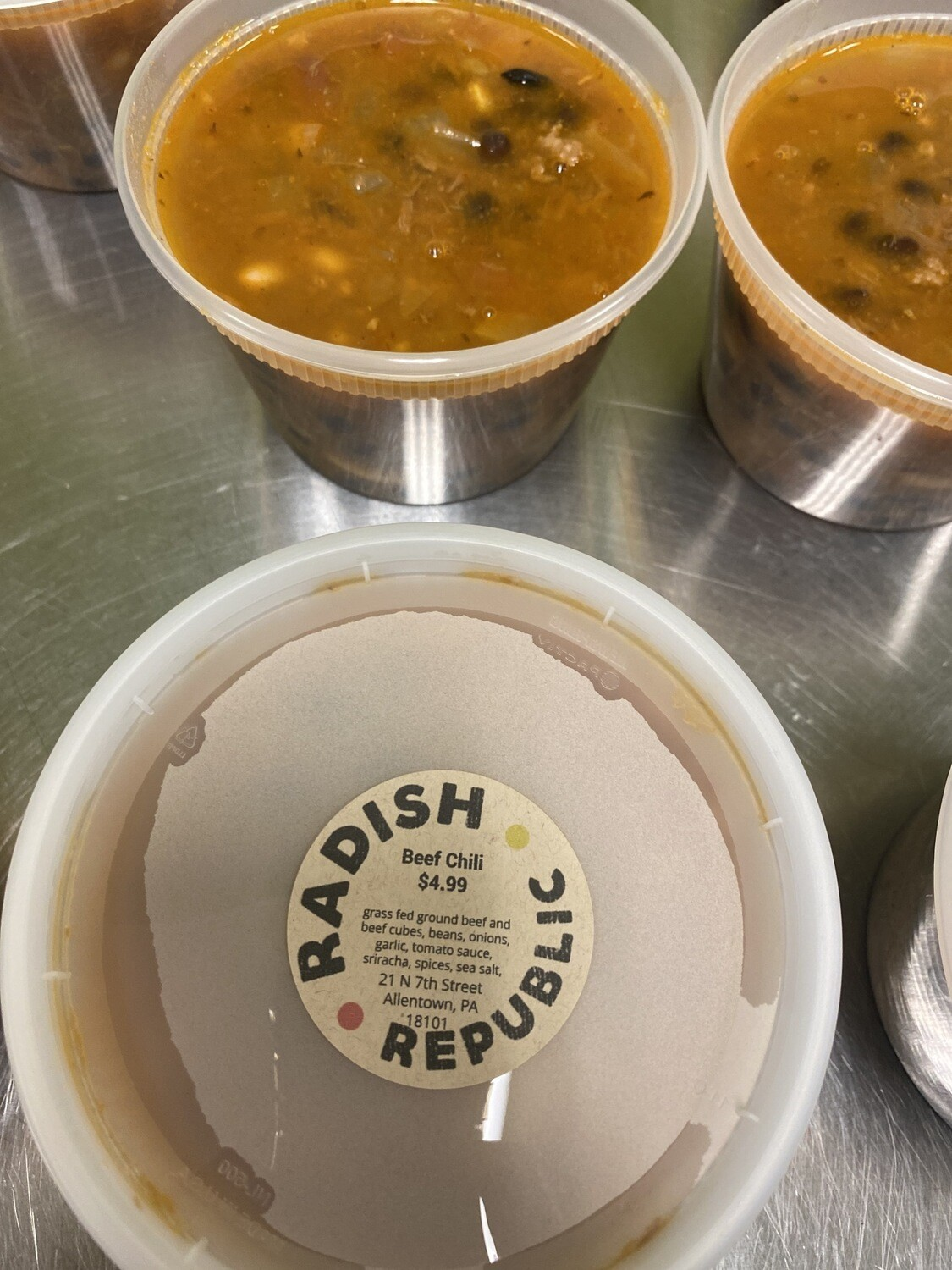 Radish Republic Beef Chili 16 ounce microwaveable plastic container