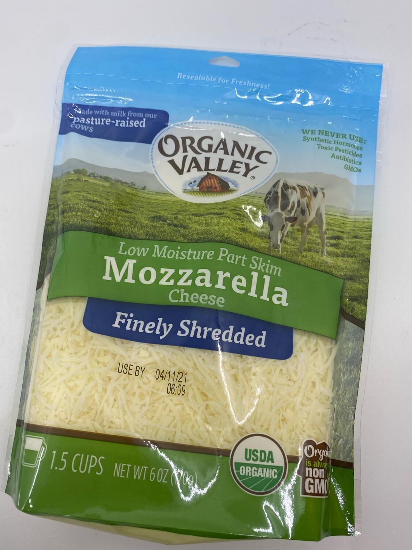Organic Valley shredded mozzarella 6 ounce