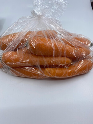 Lancaster Farm Fresh organic orange carrots (one pound)