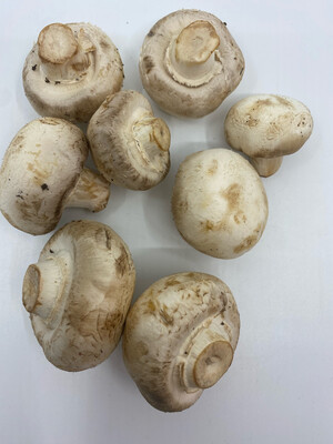 Organic Mother Earth white button mushrooms (1/2 lb)