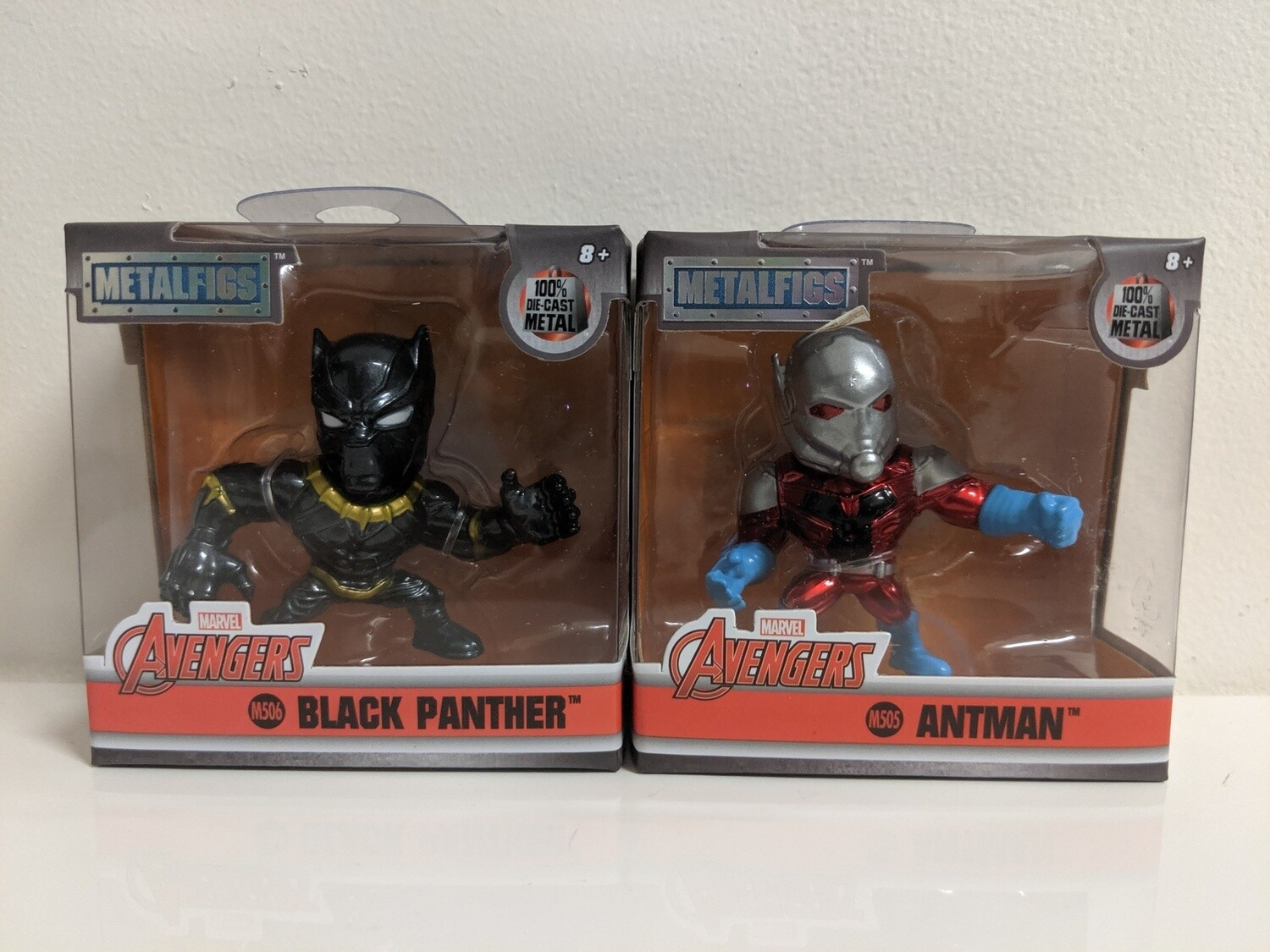 """Marvel - 2.5"""" Metals Black Panther and Antman set of 2"""