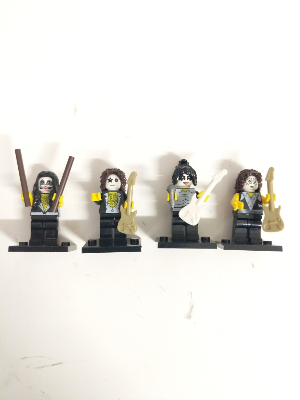 Lego Minifigure Kiss set of 4