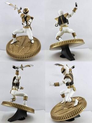 Pre-order: Mighty Morphin Power Rangers PVC Statue White Ranger 23 cm