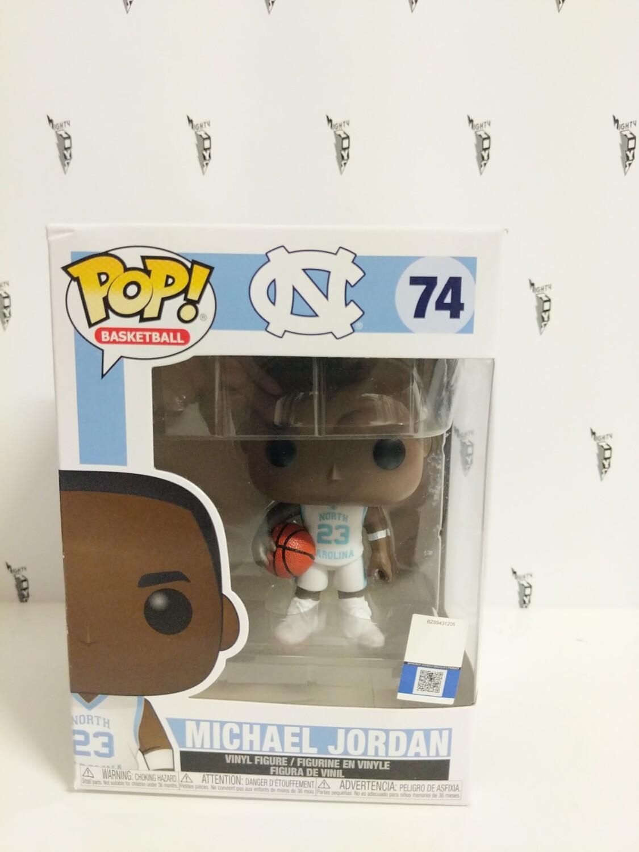 Basketball- UNC Michael Jordan (Away Jersey) Pop! Vinyl (damaged)-c
