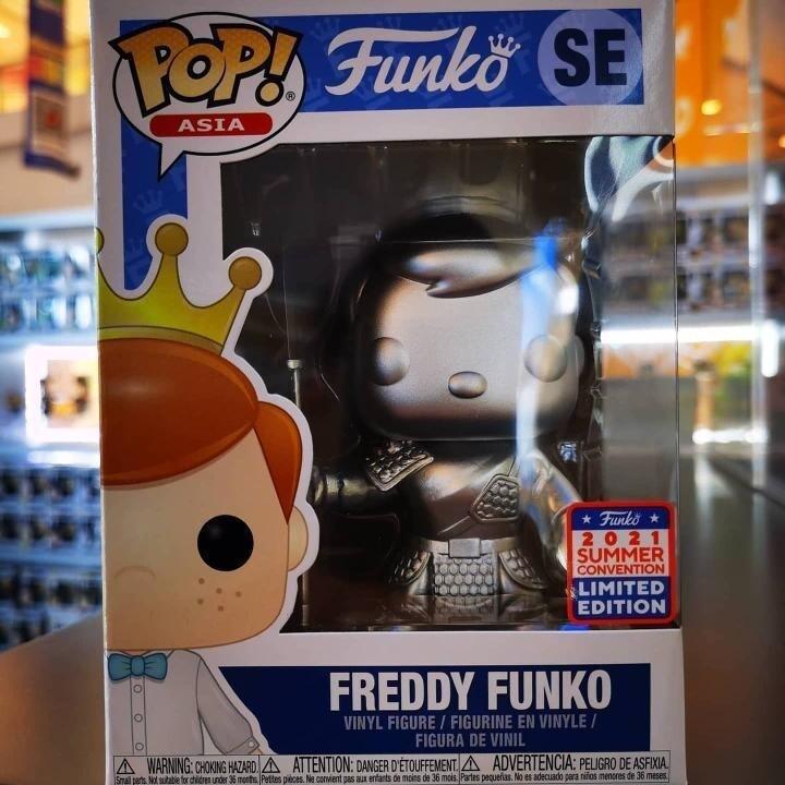 Funko Asia Freddy- Asia China Freddy Pop! Vinyl Figure Exclusive Gift Box