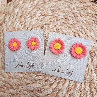Lisa's Lunches Daisy Studs PRE-ORDER